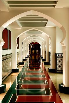 Burj Al Arab Hotel, Dubai, interior design by Khuan Chew of KCA International - Spa Interior Design Career, Interior Design Dubai, Luxury Homes Interior, Best Interior, Modern Interior Design, Abu Dhabi, Burj Al Arab, Moroccan Design, Moroccan Style