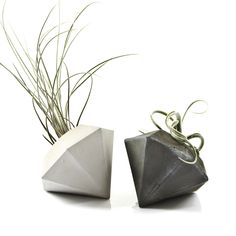 Concrete Diamond Air Plant Vase, cement diamond Air Plant planter, modern beton diamant, minimalist decor, geometric concrete, gift idea by PASiNGA on Etsy https://www.etsy.com/listing/250965037/concrete-diamond-air-plant-vase-cement