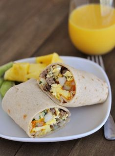 The beauty of these amped-up homemade breakfast burritos is that they are great for breakfast or dinner. They are the perfect throw-together dinner solution. What's For Breakfast, Breakfast Burritos, Homemade Breakfast, How To Make Breakfast, Breakfast Recipes, Dinner Recipes, Christmas Breakfast, Dinner Ideas, Vegetarian Breakfast