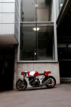 Ford Ranger Raptor, Honda Cbx, Japanese Motorcycle, Motorcycle Manufacturers, Custom Cafe Racer, Road Bikes, Touring, Motorcycles, Business