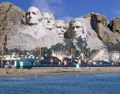 Santa Cruz Presidents Day Mount Rushmore Boardwalk www.bay-area-floors.com flooring