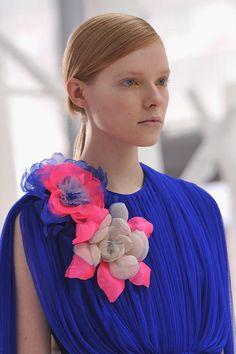 2015年秋冬時尚:花香洋溢的冬天 | Popbee - 線上時尚生活雜誌