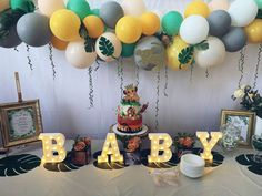 Evelina V's Baby Shower / Lion King - Photo Gallery at Catch My Party Safari Baby Shower Cake, Baby Shower Cakes For Boys, Baby Shower Decorations For Boys, Boy Baby Shower Themes, Baby Shower Jungle, Boy Shower, Shower Party, Baby Shower Parties, Shower Games