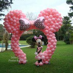 Arco Minnie Mouse Minnie Mouse Birthday Decorations, Minnie Mouse Theme Party, Minnie Mouse First Birthday, 1st Birthday Party For Girls, Minnie Mouse Baby Shower, Mickey Party, Mickey Mouse Birthday, Birthday Ideas, 3rd Birthday