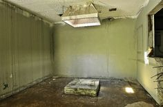 Execution Room - (Ol' Sparky sat here) Old Tennessee State Prison