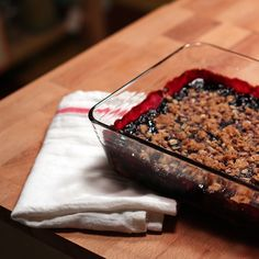 Mulberry Crumble: Putting Mulberries To Use - This Natural Dream Cantaloupe Recipes, Radish Recipes, Fruit Recipes, Dessert Recipes, Cooking Recipes, Healthy Recipes, Mulberry Recipes, Thermomix, Desert Recipes