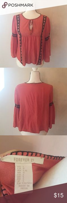 Forever 21 boho top Like new condition only worn once Forever 21 Tops Blouses