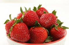 Salicylic acid kills pimples and is found in #strawberries. Double yum!