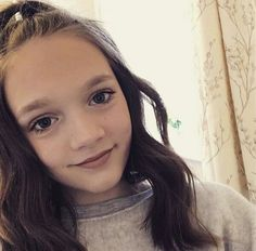 Daisy Tomlinson, Tomlinson Family, Louis Tomlinson, Sisters, Siblings, Beauty, Cosmetology, Sister Quotes
