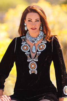 Turquoise Jewelry Outfit Rocki Gorman Home Cowgirl Chic, Western Chic, Cowgirl Style, Western Wear, Western Tops, Gypsy Cowgirl, Vintage Turquoise, Turquoise Jewelry, Boho Fashion
