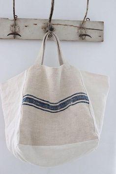 Sac Week End, Sacs Design, Boho Bags, Linen Bag, Fabric Bags, Cotton Bag, Handmade Bags, Beautiful Bags, Fashion Bags