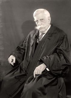 photograph of Holmes, Oliver W. Justice. It was created between 1905 and 1945 by Harris & Ewing.