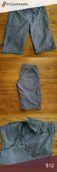 Aerie pj shorts Aerie bermuda style pj shorts, size xs, has pockets, cute blue plaid print. Great condition! aerie Intimates & Sleepwear Pajamas