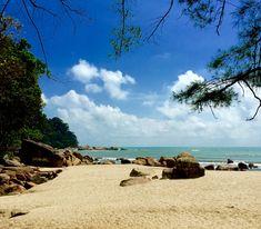 Here i am.at chempedak beach.kuantan, malaysia.