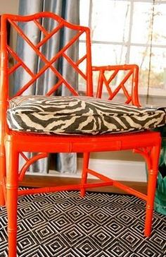 Honey and Fitz Faux bamboo chair paint makeover. Love these chairs Bamboo Furniture, Funky Furniture, Painted Furniture, Bamboo Chairs, Painted Bamboo, Faux Bamboo, Chippendale Chairs, Chair Makeover, Chair Redo