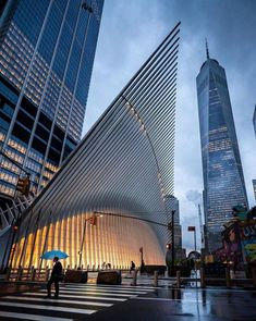 New York Discover 20 Best Things To Do In New York City Richpointofview Street Photography Photographie New York, Monuments, One World Trade Center, Trade Centre, New York City Travel, Belle Villa, Urban City, Concrete Jungle, City Photography