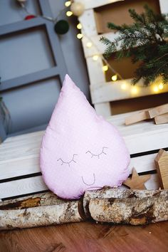 Pillow Tear pink Ohmama