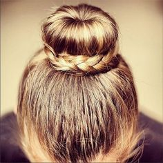 Braided Bun ❤ liked on Polyvore featuring hair, hairstyles, hair styles and cabelos