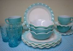 18 PCS. HAZEL ATLAS TURQUOISE OVER MILK GLASS CRINOLINE DINNERWARE SET*PLATES+++ | eBay