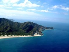 Gaira y Playa del Hoyo, Santa Marta. http://1.bp.blogspot.com/-Hn6ph7ZV1qE/TcSjX3d-aVI/AAAAAAAAAe0/SbcQu8dVJHo/s1600/PUNTA+GAIRA+Y+PLAYA+DEL+HOYO+2.JPG