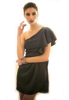 Amazon.co.jp: (ジェイエスファッション)JSFASHION パーティー&二次会に・大きな花びらのような片袖がベリーキュート・スカートのフロントのレイヤードもポイント・ワンショルダードレスワンピースjk10715b2-puple(DPU): 服&ファッション小物通販