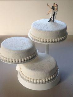 Wedding cake By Lorelei
