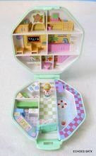 Bluebird Toys Polly Pocket  Green Play Set In A Case