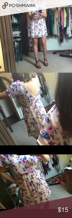 Lush floral amp flirty dress this dress is super fun amp comfortable it
