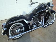 Softail Deluxe Beach Bars