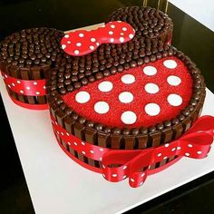 Minnie Mouse Party More decorating ideas on albums: Minnie Mouse Party 2 Bolo Do Mickey Mouse, Bolo Minnie, Minnie Mouse Birthday Cakes, Minnie Cake, Mickey Cakes, Mickey Mouse Birthday, Cake Birthday, Disney Mickey, Birthday Ideas