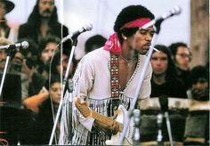 Jimi Hendrix @ Woodstock (1969)