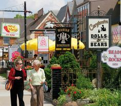 Carytown is a wonderful place to visit if you are looking for local culture and small businesses and boutiques.