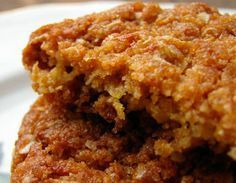 Aprende qué fácil es hacer unas deliciosas galletas de quinoa sin gluten ideales para el desayuno, como snack o incluso para postre.