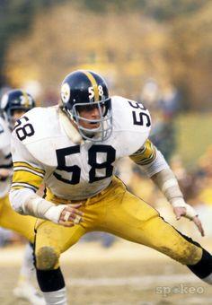 Pittsburgh Steelers linebacker Jack Lambert (58) in action during the 1976 season.
