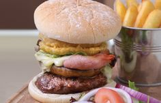 The hotel offers a stunning array of culinary delights from our award winning chef's. Hotel Spa, Hamburger, Yummy Food, Restaurant, Ethnic Recipes, Delicious Food, Hamburgers, Diner Restaurant, Restaurants