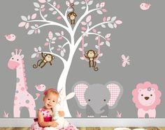 Chambre jungle autocollant, fard à joues rose et gris. Bébé filles Safari Wall Stickers, singe, girafe, éléphant, Lion, blanche murale de l'arbre.
