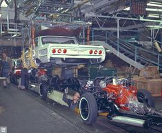 1964 Chevy Impala Assembly Line Body Drop Toy Hauler Trailers, Volkswagen, Assembly Line, Us Cars, Race Cars, Car Photos, Car Pics, Chevrolet Impala, American Muscle Cars