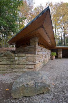 Hagen House/ Kentuck Knob. Ohiopyle, PA. 1956. Usonian Style. Frank Lloyd Wright.