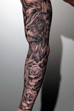 tatuaże męskie lew i róże