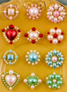 Accent Gems 530792 adhesive pearls by isakayboutique on Etsy Bead Jewellery, Beaded Jewelry, Handmade Jewelry, Diy Flowers, Fabric Flowers, Beaded Embroidery, Embroidery Designs, Beaded Beads, Motifs Perler