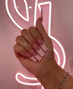 Acrylic Nails Coffin Pink, Long Square Acrylic Nails, Simple Acrylic Nails, Pink Nails, Drip Nails, Acylic Nails, Trendy Nails, Swag Nails, Nails Inspiration