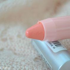"Essence ""Love Letters"" sjaj za usne u olovci - Blender Online"