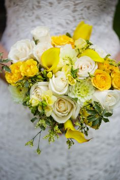 Real Weddings: Colorful Details at the Oakland Zoo