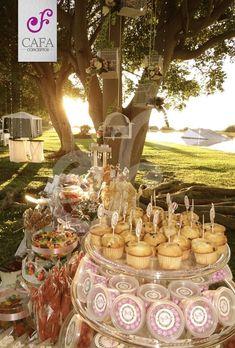 Mesa de dulces boda vintage.