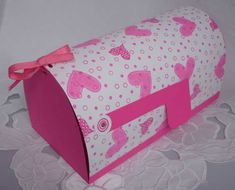 Learn how to make your very own Valentine's Day Mailbox from splitcoaststampers.com.