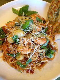 Gourmet by Kat: Shrimp pasta