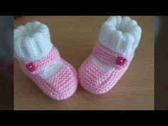 Knit Baby Booties, Baby Sleepers, Baby Knitting Patterns, Crochet Baby, Knitted Hats, Slippers, Socks, Fashion, Crochet Baby Sandals