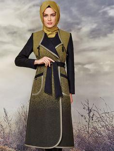 Zühre Pardesu | 2015-16 Sonbahar Kış Fashion Muslimah, Hijab Fashion, Girl Fashion, Womens Fashion, Fashion Trends, Islamic Fashion, Muslim Fashion, Tunic Blouse, Tunic Tops