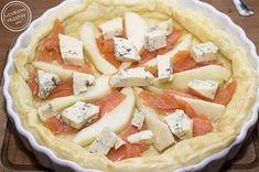 Tarta z ciasta francuskiego z łososiem, gruszką i serem Gorgonzola Yams, Hawaiian Pizza, Starters, Camembert Cheese, Grilling, Impreza, Gastronomia, Crickets