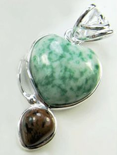 This beautiful heart shape green-white moss agate pendant has an overall size and weights 12 gram. This pendant comes with 925 sterling silver chain. Moss agate (also called mocha stone) is a semi-precious gemstone formed from silicon dioxide. Sterling Silver Pendants, Sterling Silver Necklaces, Women's Jewelry, Silver Jewelry, Moss Agate, Semi Precious Gemstones, Weights, Mocha, Heart Shapes